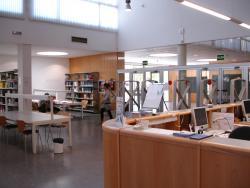 Entraba Biblioteca Economía y Empresa (Campus Paraíso)